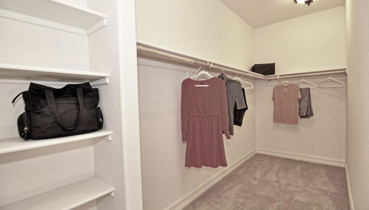 1716SF_master closet